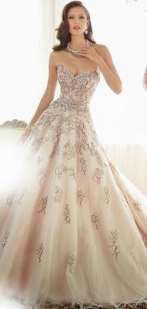 Кольорові весільні сукні 2015