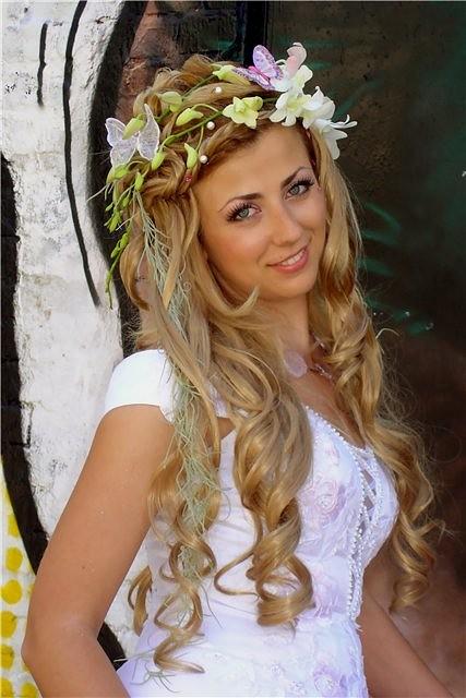 Весільний вінок з живих квітів - Наречена