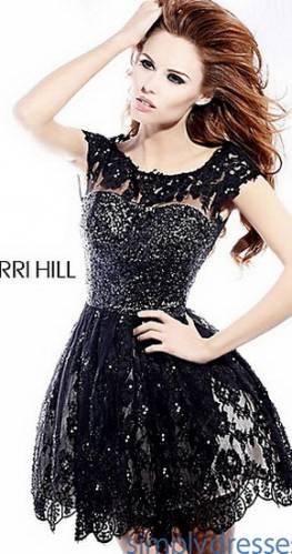 Короткі вечірні плаття