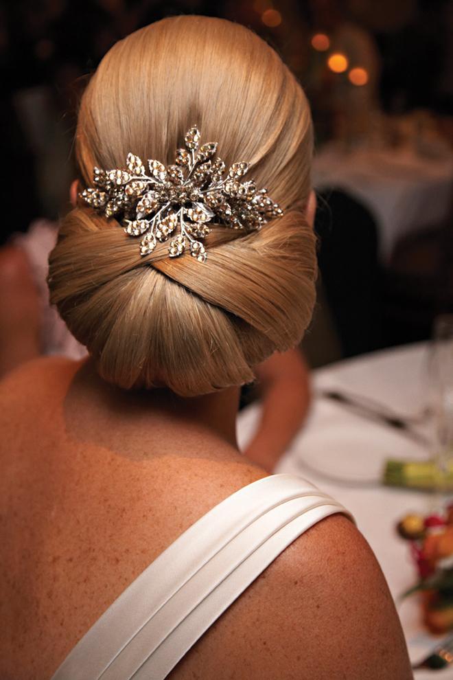 Фото элегантных женских причесок