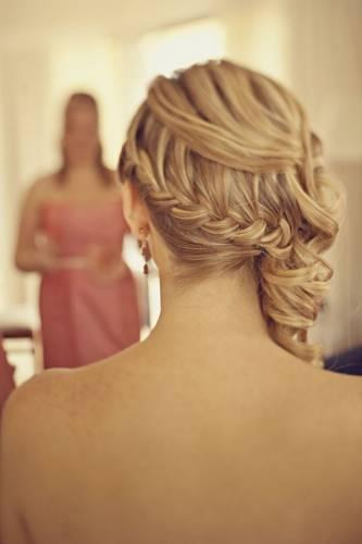 Весільні зачіски вечірні зачіски 2012