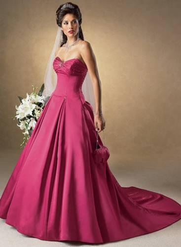 Плаття та сукні весільні сукні 2012